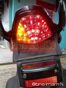 Stoplamp LED 3in1 di CBR 150R K45 (lokal)_contoh nyala lampu. @bro Imam N.