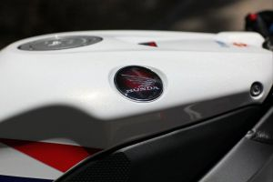 Emblem premium flagship Honda Wing_CBR Fireblade