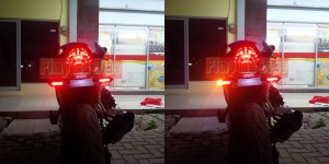 Lampu sein tancap LED integrated universal_perbandingan nighttime