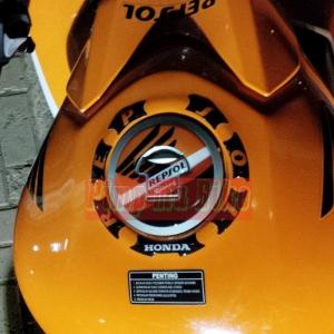 Fuel Cap Repsol Premium Edition Europe_terpasang di CBR K45