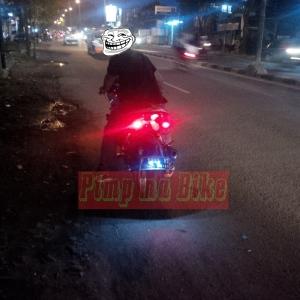 Baut lampu senja nopol LED. Tampil eksklusif dan safety bahkan dari belakang! Credit: bro Febri di Jakarta