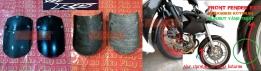 Sambungan Spakbor Depan (Front Fender Extender) PELINDUNG RADIATOR Yamaha R25 & MT25. Tersedia dari 2 jenis bahan, yaitu fiber&karbon kevlar. Lindungi radiator&mesin agan dari cipratan air&kerikil secara EFEKTIF! PRICE: versi FIBER Rp50.000,- dan versi Karbon Kevlar Rp150.000,-