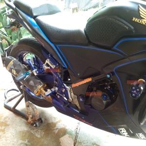 Bikers - full set acc CBR250R denis tampak samping kanan zoom