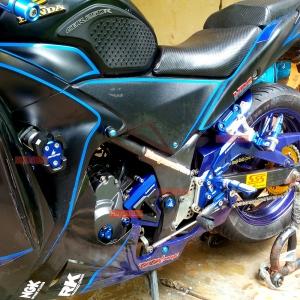 Bikers - full set acc CBR250R denis tampak samping kiri zoom